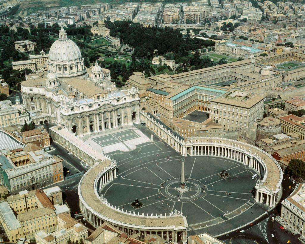 Ватикан – «тайное всегда становится явным». Тайны папской канцелярии