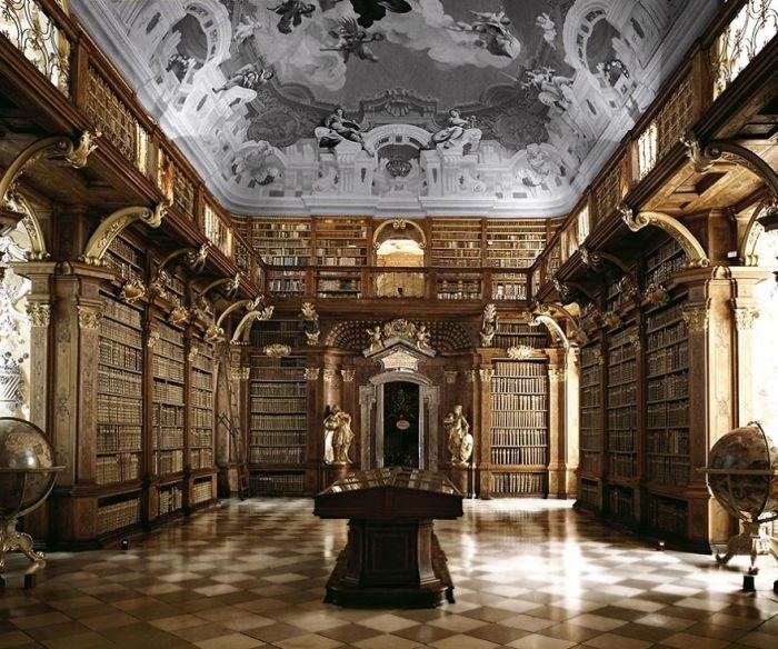 Находится в Бенедиктинском монастыре в Мельке в живописной части Нижней Австрии.